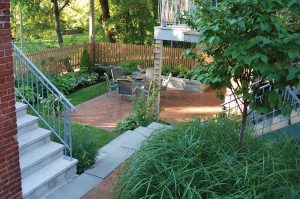 Hodgins-&-associés-heta-Prince-Albert-backyard